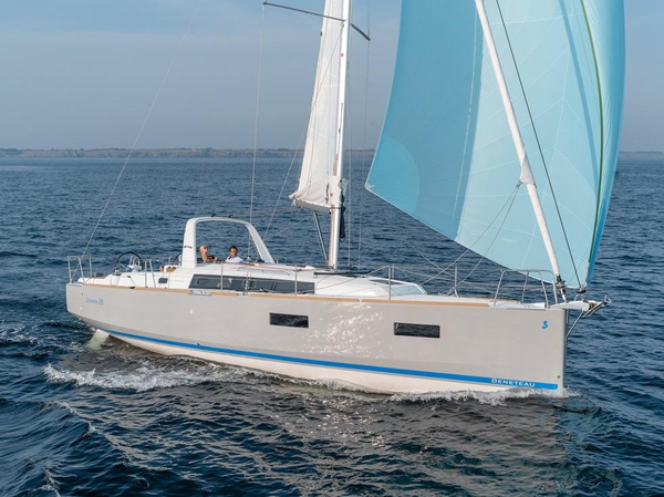New Beneteau Oceanis 38 Cruiser Boat For Sale