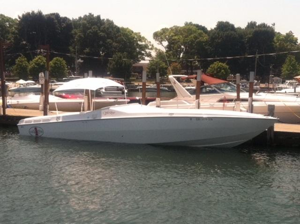 Used Cigarette Racing 35 Cafe Racer - Year-End Special High Performance Boat For Sale