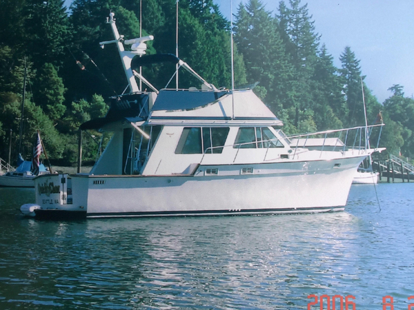 Used Tollycraft Sedan Express Cruiser Boat For Sale