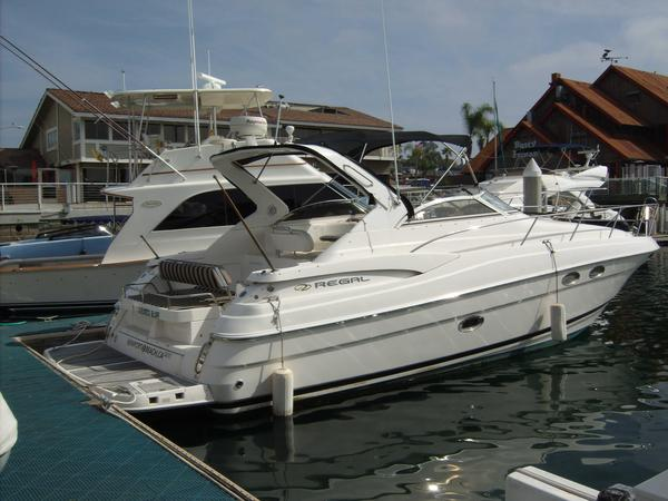 Used Regal 3560 CRUISER Express Cruiser Boat For Sale