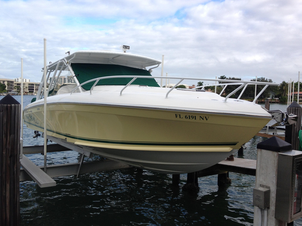 Used Midnight Express Cabin Center Console Fishing Boat For Sale