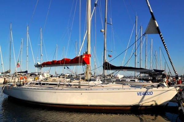 Used Beneteau First 456 Racer and Cruiser Sailboat For Sale