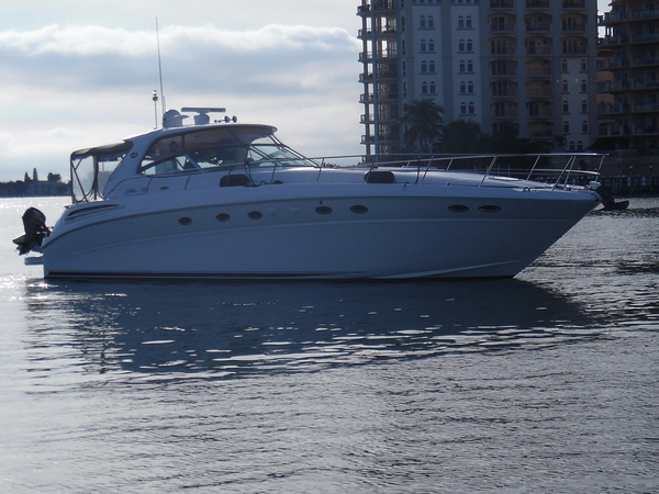 Used Sea Ray 510 Sundancer Express Cruiser Boat For Sale
