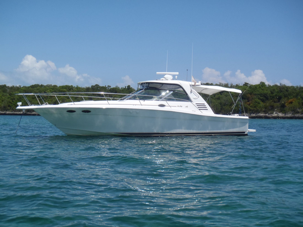 Used Sea Ray 370 EC W/low hrs & Hardtop Express Cruiser Boat For Sale