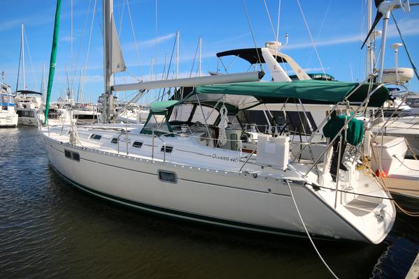 Used Beneteau 440 Cruiser Sailboat For Sale
