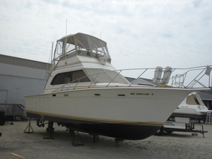 Used Egg Harbor 33 Sedan Flybridge Boat For Sale