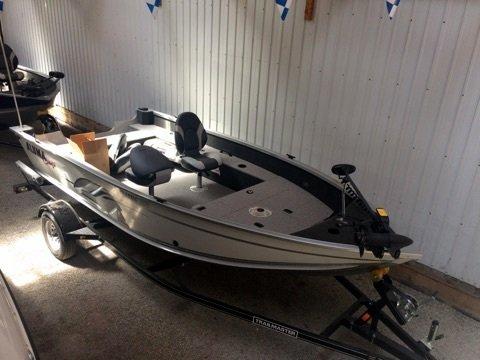 New Alumacraft Classic 165 Sports Fishing Boat For Sale