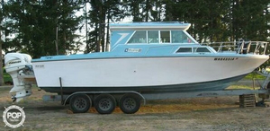 Used Fiberform 28 Express Cruiser Boat For Sale