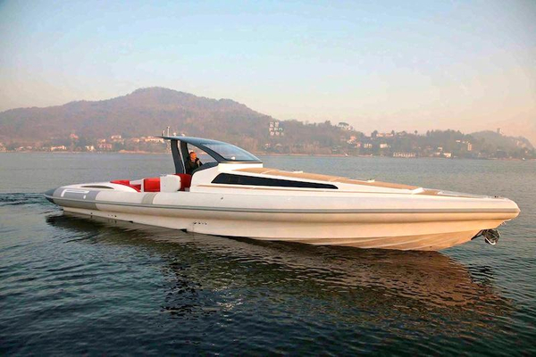 New Pirelli PZero 1400 Cabin Rigid Sports Inflatable Boat For Sale