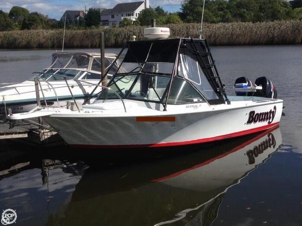Used Bertram 25 Custom Walkaround Fishing Boat For Sale