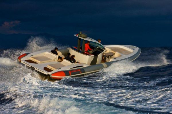 New Pirelli PZero 1400 Yacht Edition Rigid Sports Inflatable Boat For Sale