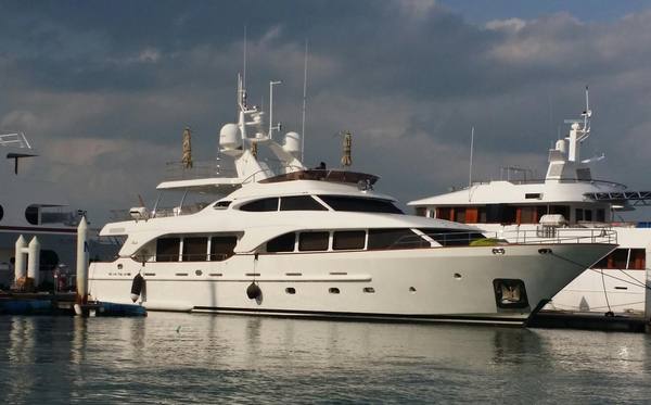 Used Benetti TRADITION 100 Mega Yacht For Sale