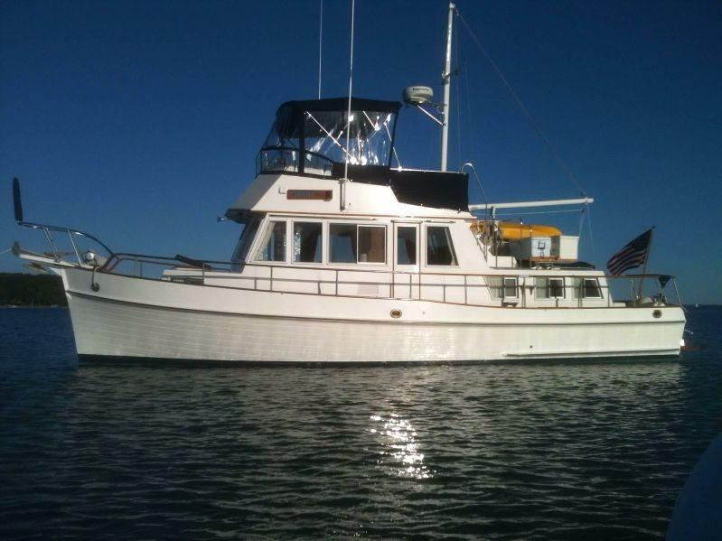 1988 Used Grand Banks 36 Classic Trawler Boat For Sale
