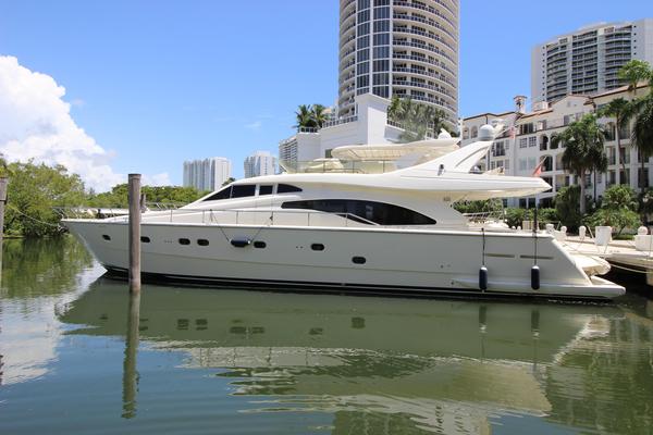 Used Ferretti 680 Motor Yacht For Sale