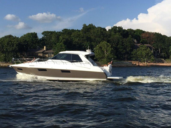 Used Cruisers Yachts 48 Cantius Express Cruiser Boat For Sale