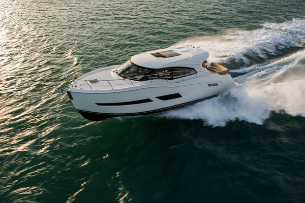 New Carver C43 Coupe Cruiser Boat For Sale
