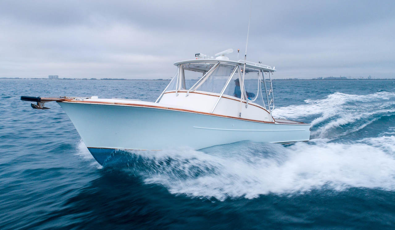 2000 used gamefisherman 30 express sports fishing boat for for Express fishing boats for sale
