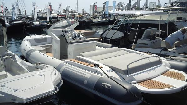 New Pirelli PZERO 880 Luxury Edition Rigid Sports Inflatable Boat For Sale
