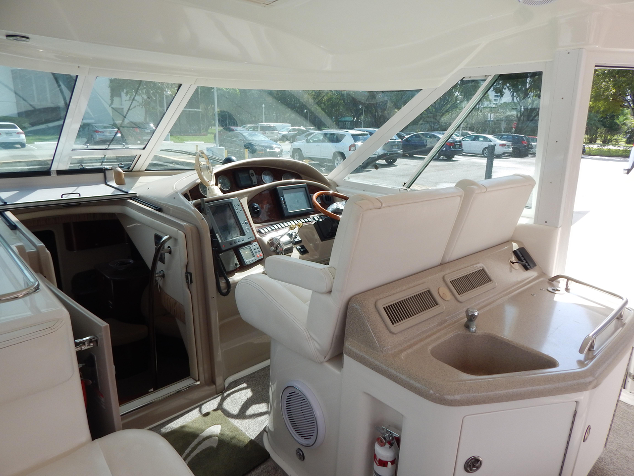 2004 used sea ray 390 motor yacht cruiser boat for sale for 390 sea ray motor yacht for sale