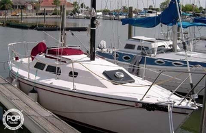 Used Wellcraft Starwind 27 Racer and Cruiser Sailboat For Sale