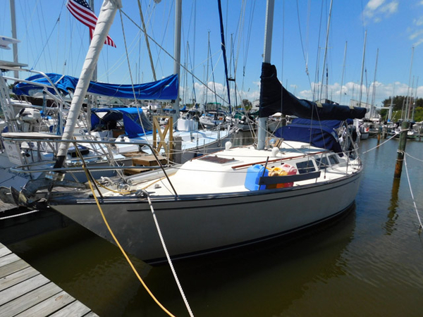 Used S2 11 meter S2 11.0 C Cruiser Sailboat For Sale