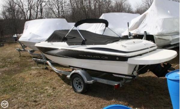 Used Maxum 1800 SR3 Bowrider Boat For Sale