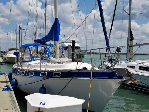 Used Morgan Catalina Cruiser Sailboat For Sale