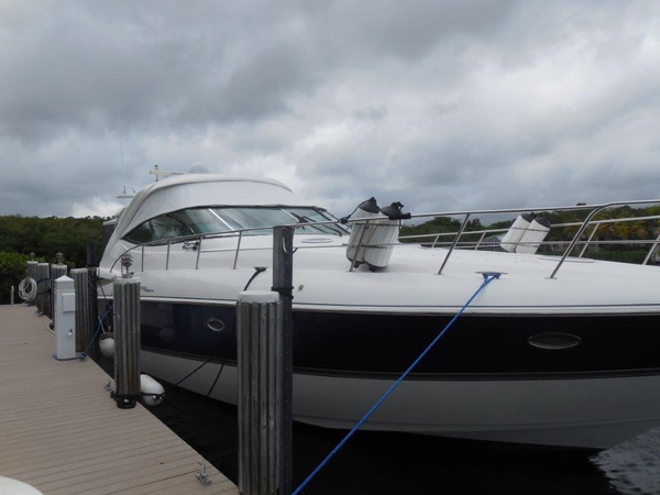 Used Cruisers 500 Express Cruiser Boat For Sale