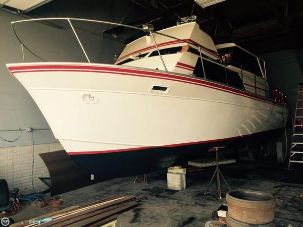 Used Marinette Sedan Flybridge 32 Sports Fishing Boat For Sale