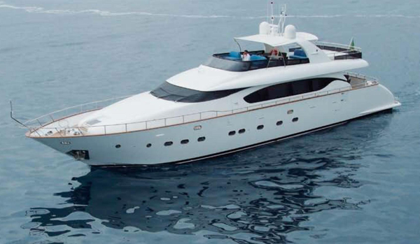 Used Maiora M27 Motor Yacht For Sale