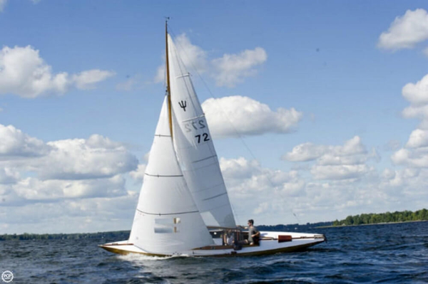 Used Neptunkryssare 30 Daysailer Sailboat For Sale