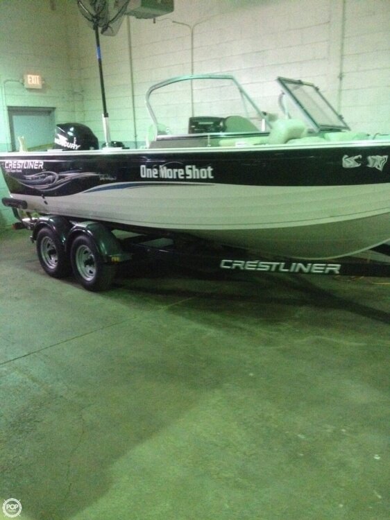 2010 used crestliner 1900 super hawk aluminum fishing boat for Used aluminum fishing boats for sale in michigan