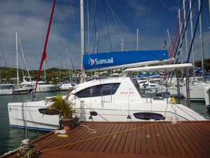 Used Robertson And Caine Leopard 38 Catamaran Sailboat For Sale