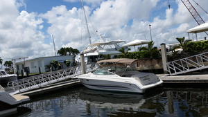 Used Formula 330 SS Sports Cruiser Boat For Sale