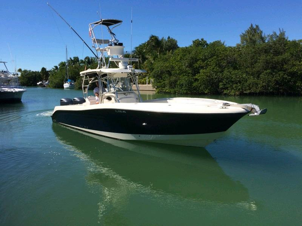 Used Hydra-Sports 3300 CC Sports Cruiser Boat For Sale