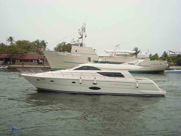Used Uniesse Motor Yacht For Sale