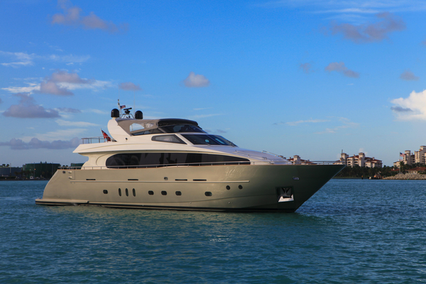 Used Cnc Motor Yacht For Sale