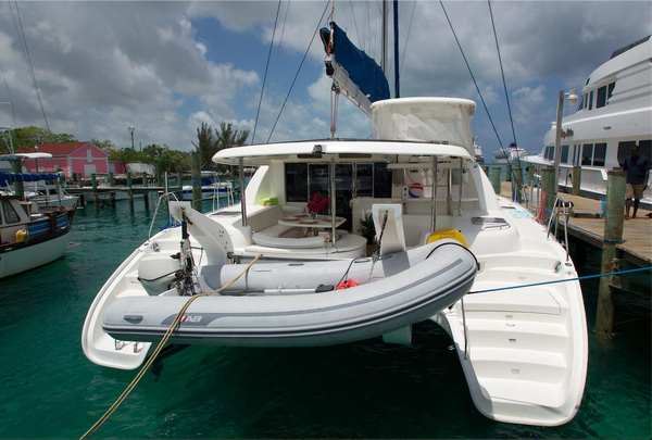 Used Robertson And Caine Leopard 46 Catamaran Sailboat For Sale