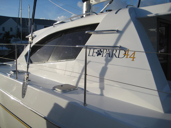 Used Robertson And Caine Leopard 44 Owners Version Catamaran Sailboat For Sale