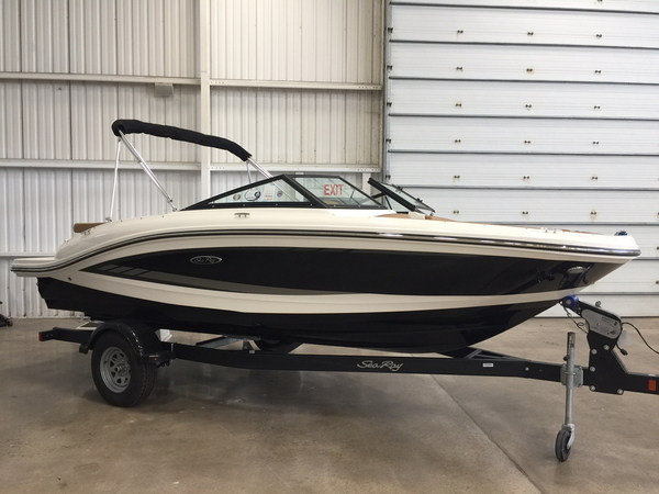 New Sea Ray 19 SPX Ski and Wakeboard Boat For Sale
