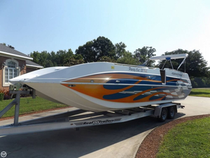 Used Advantage Party Cat 28 XL Deck Boat For Sale