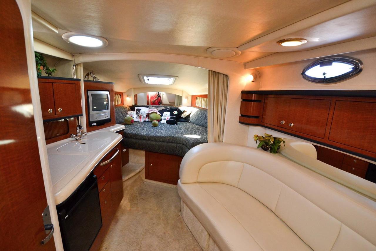 2004 used sea ray 300 sundancer cuddy cabin boat for sale interior design schools tampa florida interior design firms tampa fl