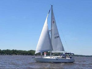 Used Catalina MK II Sloop Sailboat For Sale