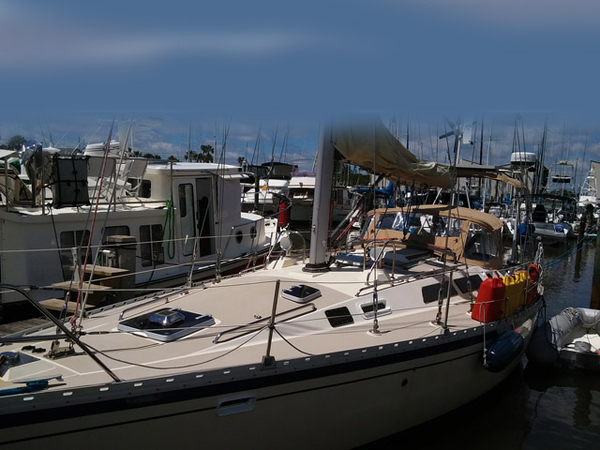 Used O Day O day 40 Cruiser Sailboat For Sale