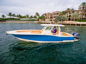 Used Scout Boats 350 LXF Saltwater Fishing Boat For Sale