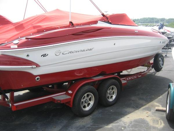 Used Crownline 240EX Deck Boat Bowrider Boat For Sale