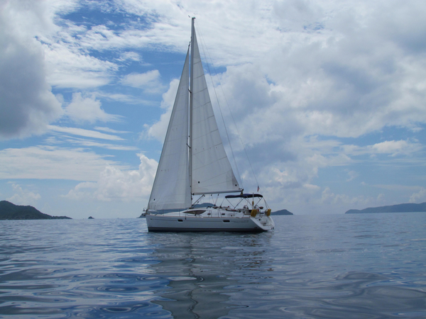 Used Jeanneau Sun Odyssey 42 DS Racer and Cruiser Sailboat For Sale