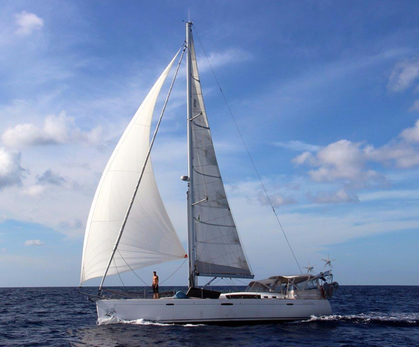 Used Beneteau Oceanis 54 Racer and Cruiser Sailboat For Sale