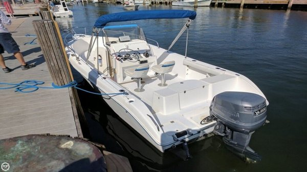 Used Cobia 224 CC Center Console Fishing Boat For Sale