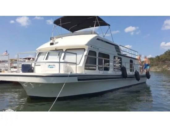 Used Gibson 41 Sport Series House Boat For Sale